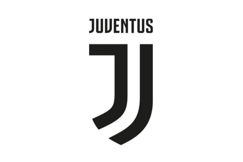 Floyd Mayweather JR, Sang Juara Dunia Tinju ikut berfoto bareng pemain SI Nyonya Tua setelah final Piala Super Italia 2018